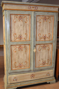 Wardrobe with two doors, antique and varnished.