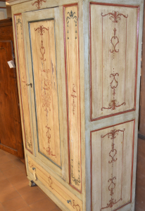 Wardrobe with one door and a drawer, antique and varnished.