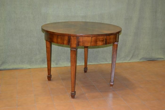 Tavolo allungabile rotondo finest tavolo rotondo allungabile spazio alla convivialit tavoli - Tavolo tondo estensibile ...