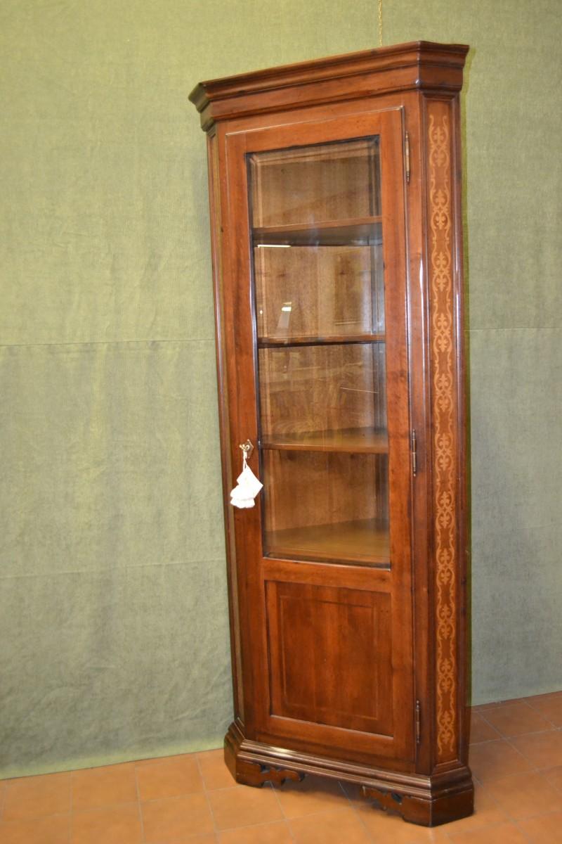 Angoliera con porta in legno di noce massello livio - Mobili d arte ...
