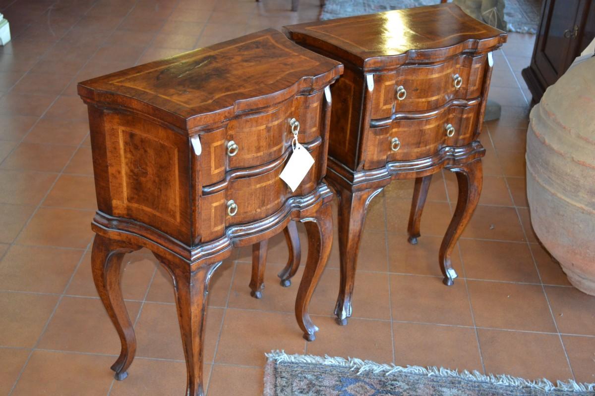 Comodini stile 700 lastronati livio bernardi mobili for Decorazione giardini stile 700