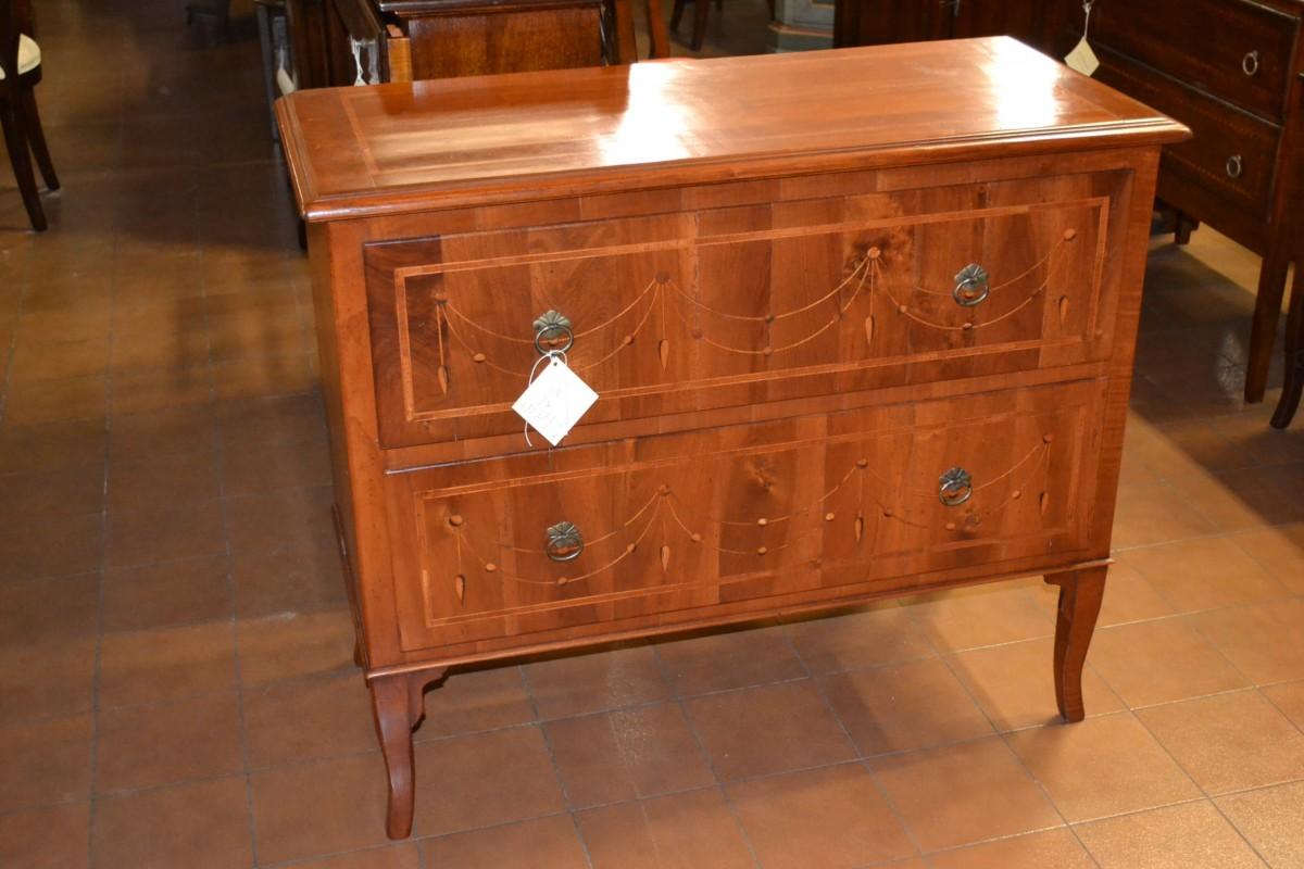 Comoncino con pendagli in legno antico livio bernardi - Mobili d arte ...