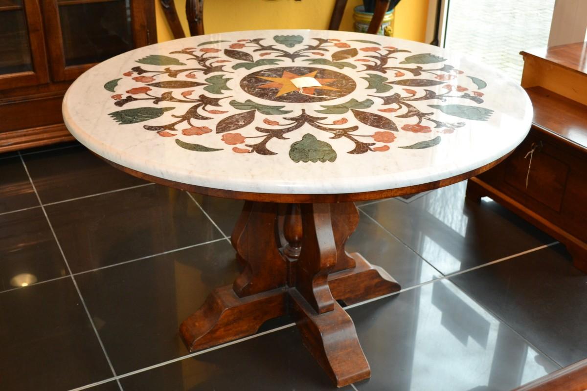 Tavolo decorato con piano in marmo livio bernardi mobili - Tavolo piano marmo ...