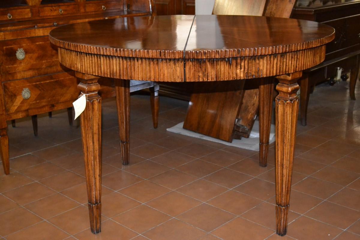 Tavolo rotondo in legno vecchio tav rot 05 livio bernardi mobili mobili d 39 arte artigianali - Tavoli in legno vecchio ...